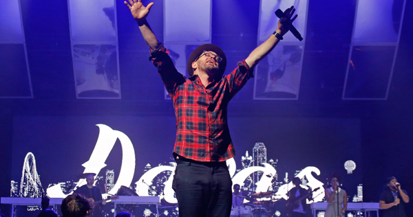 TobyMac at Fiddlers Green Amphitheatre